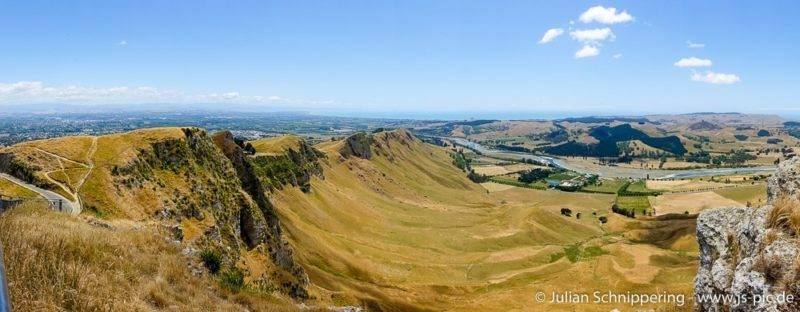 Die Aussicht vom Te Mata Peak auf die umliegenden Wiesen