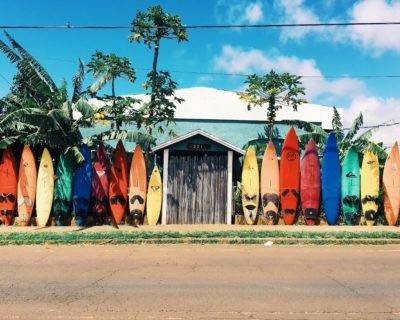 Hostel mit Surfboards