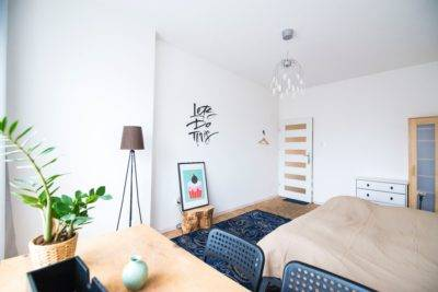 gemütlich aussehendes Hostel Zimmer