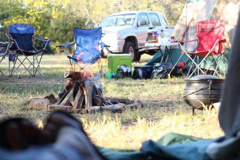 Unaufgeräumt auf dem Campingplatz