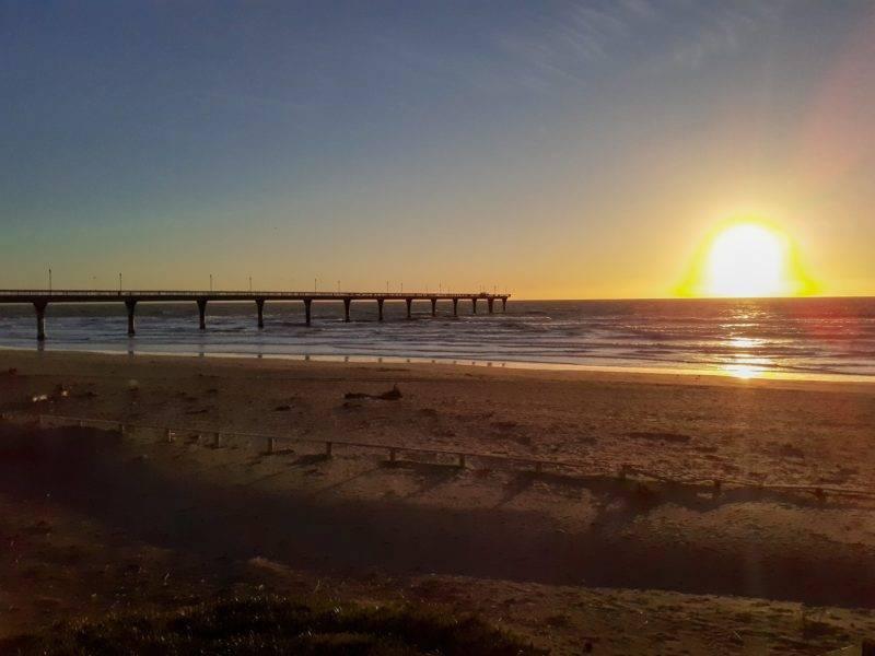 New Brighton Beach Pier und die Sonne
