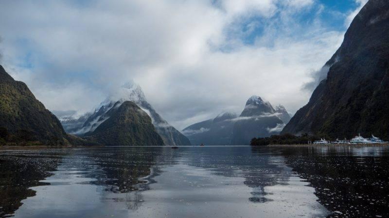 Mitre Peak und Wolken