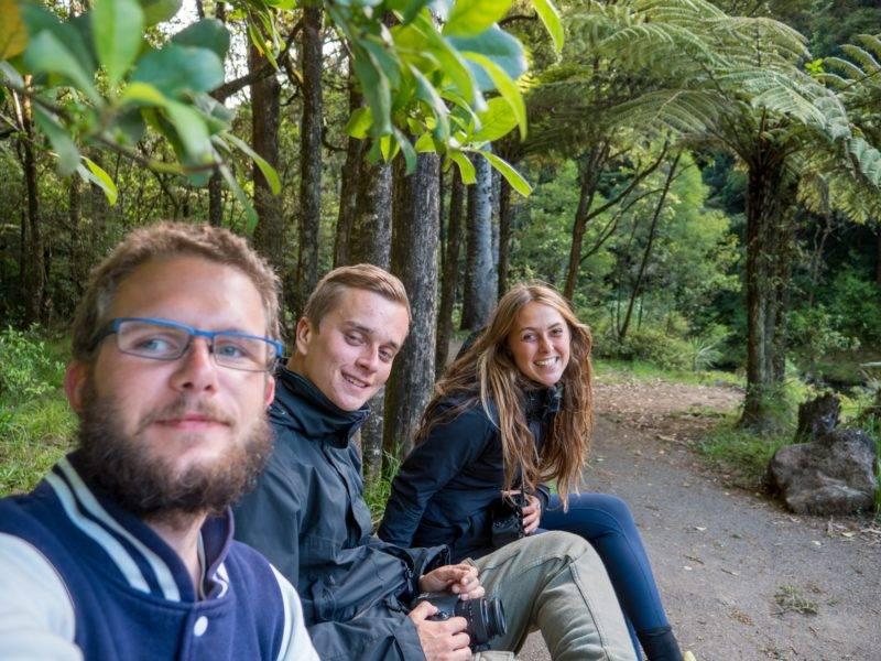 Julian, Philipp & Zoe an den Whangarei Falls